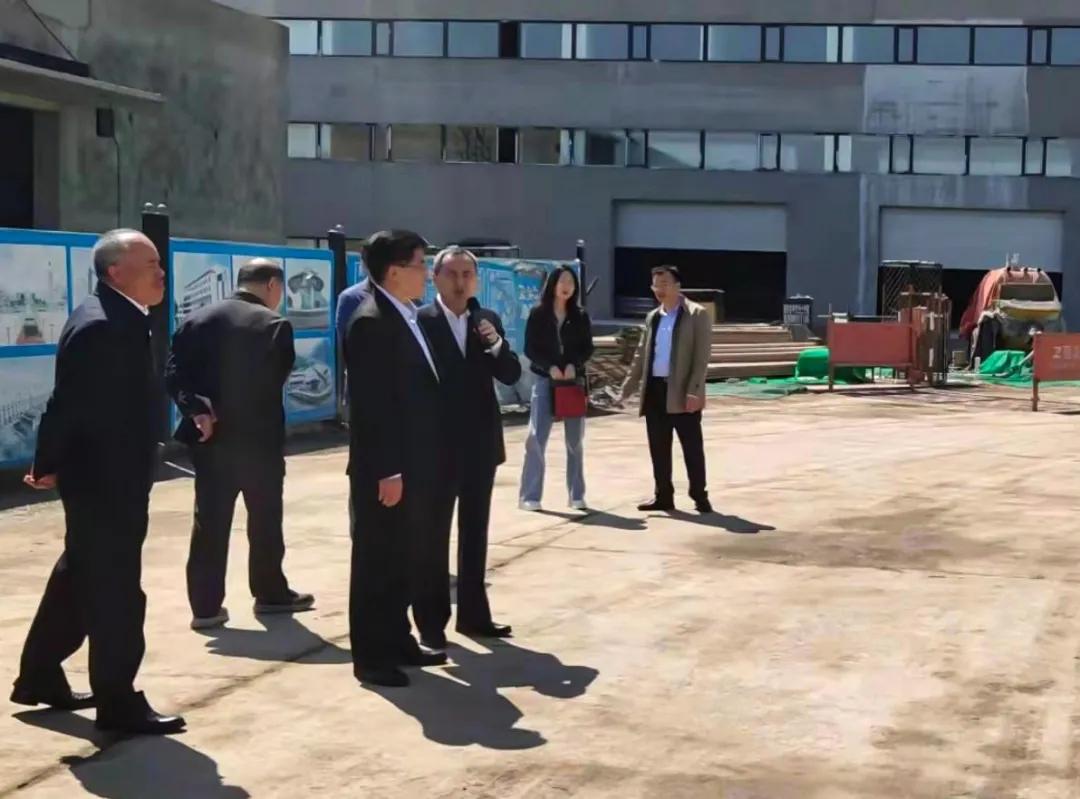 市人大常委会赴中国福彩app官方下载医药产业园调研