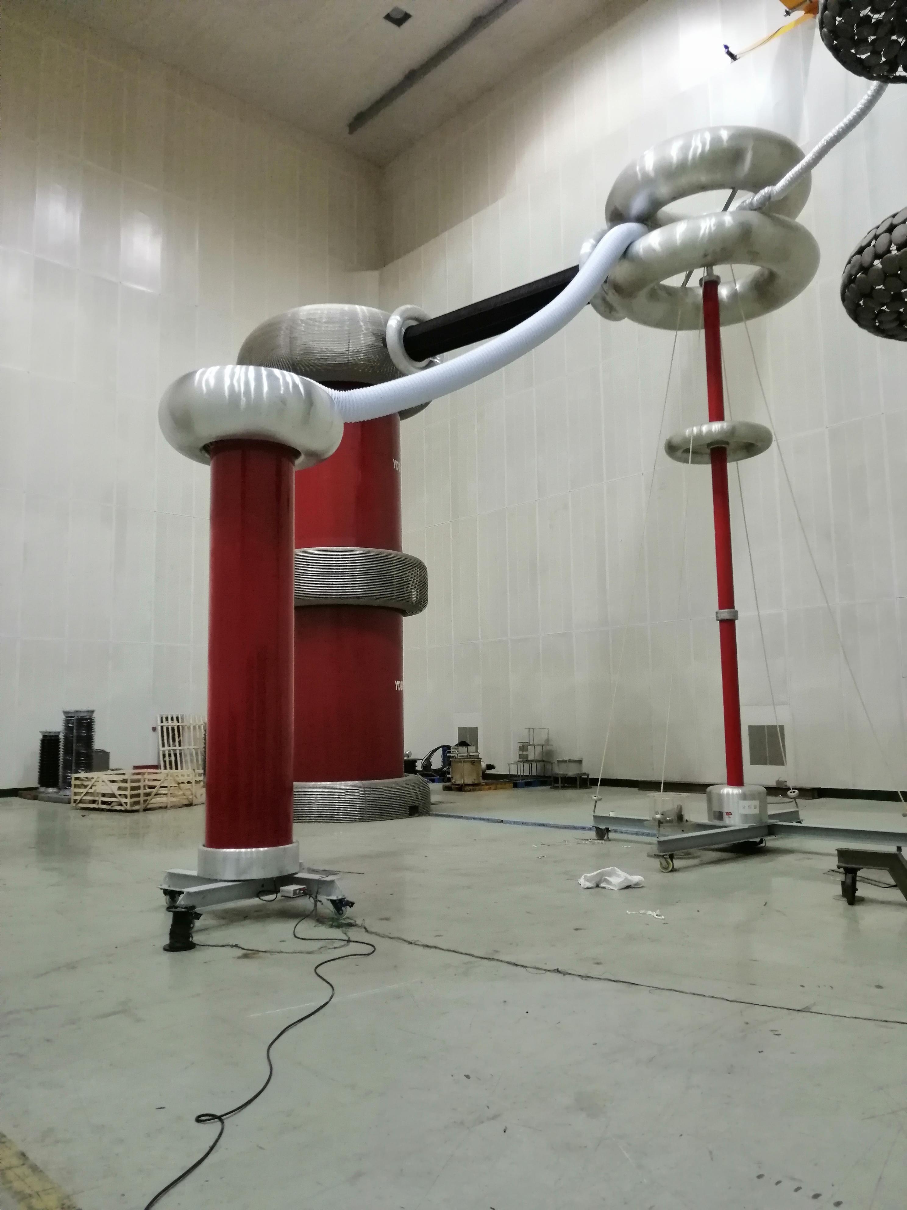 1600kV 高压标准电容器