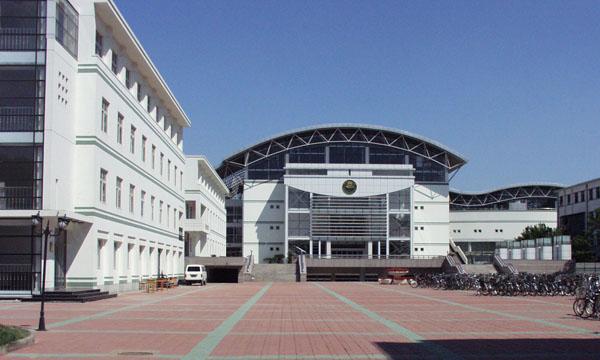 天津市第三中學