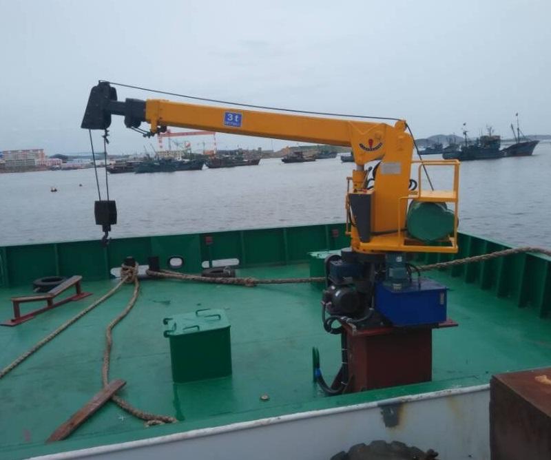 固定式船用吊機