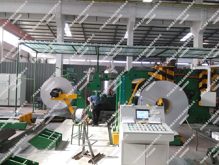 高速铝箔剪切机