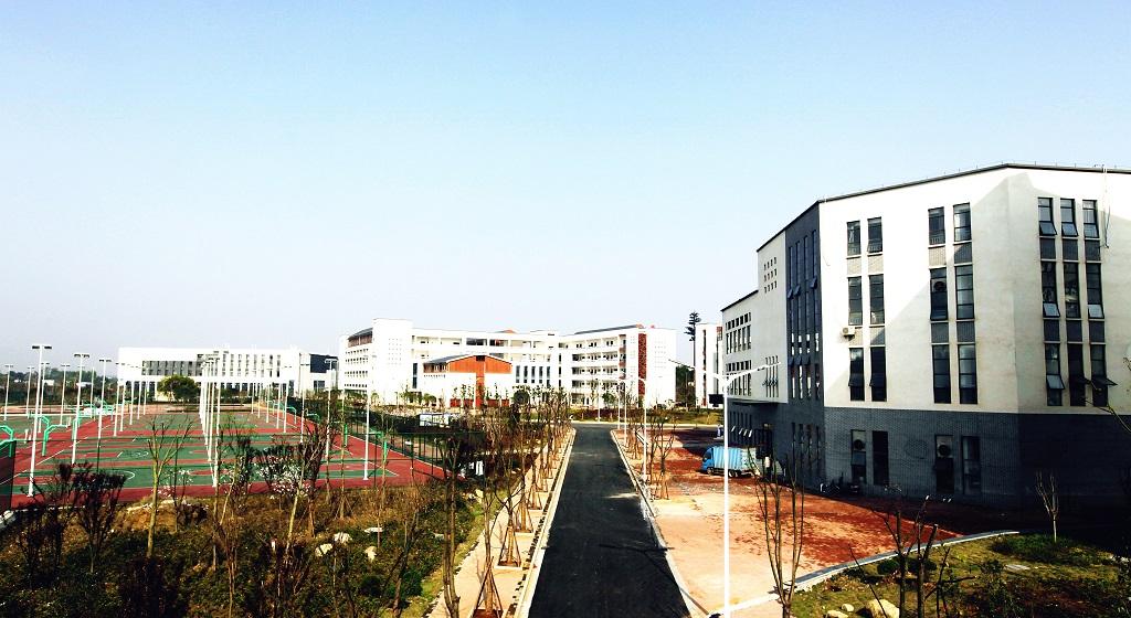 吉安職業技術學院運動場看臺工程 (2)