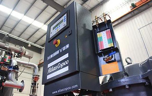 阿特拉斯·科普柯首臺國產MD壓縮熱吸附式干燥機比雙塔式干燥機節能15%