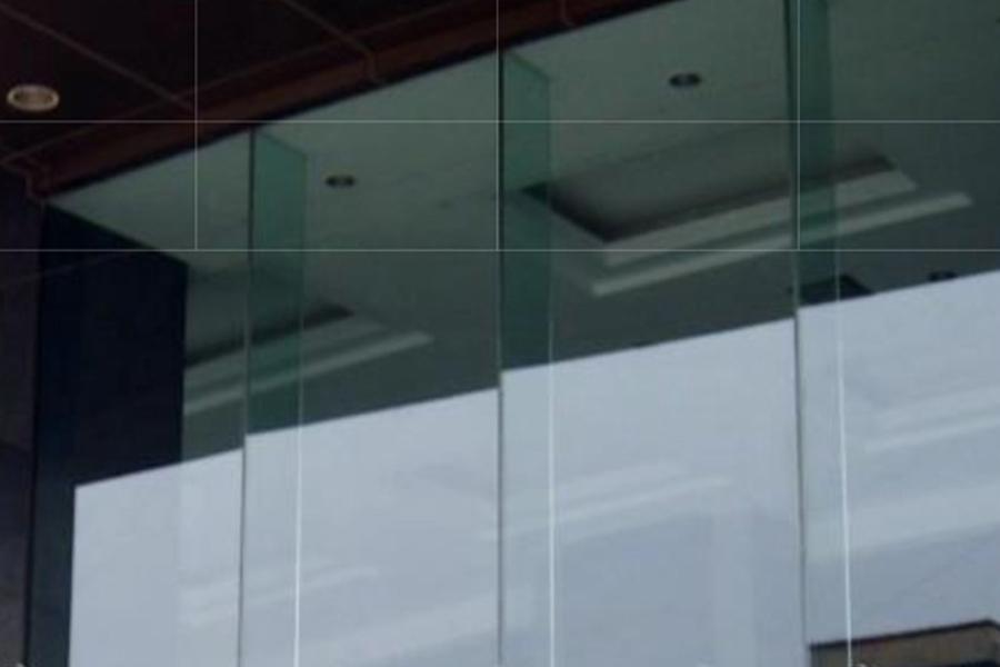 大版玻璃幕墻