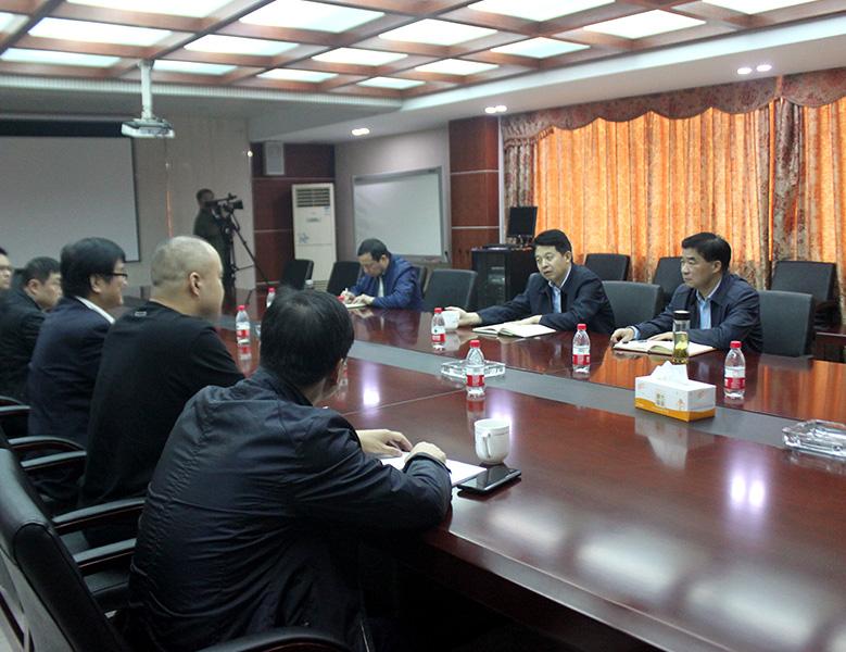 2020年10月,紹興市委常委、諸暨市委書記徐良平走訪天潔