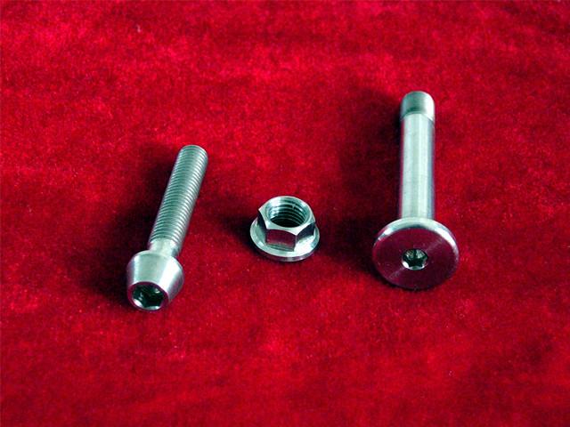 钛非标螺杆螺母