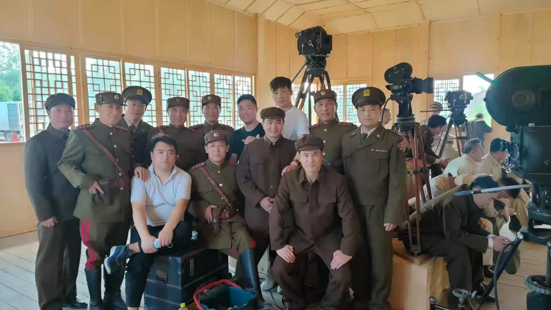 多才多艺 我校初中学生应邀参加电影《跨过鸭绿江》拍摄