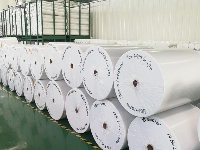 缝织聚酯布在防水领域的作用