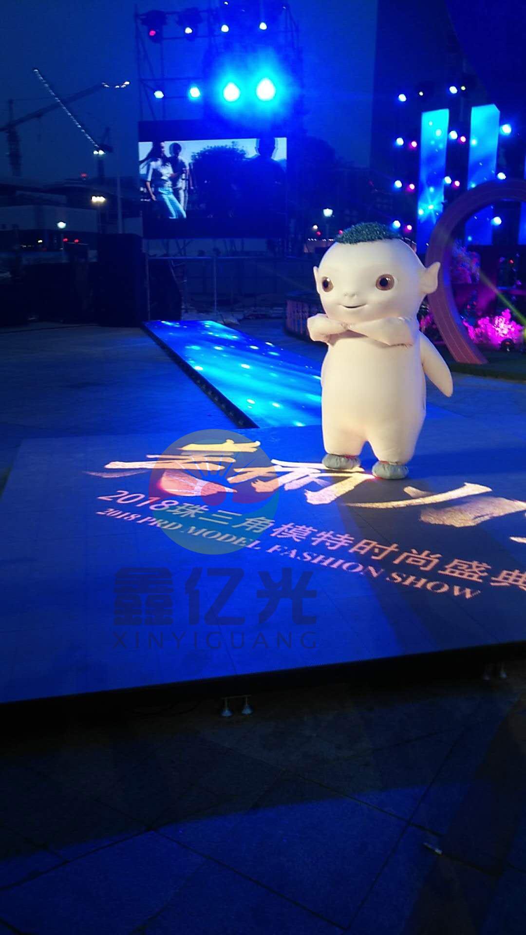 东莞LED地砖屏