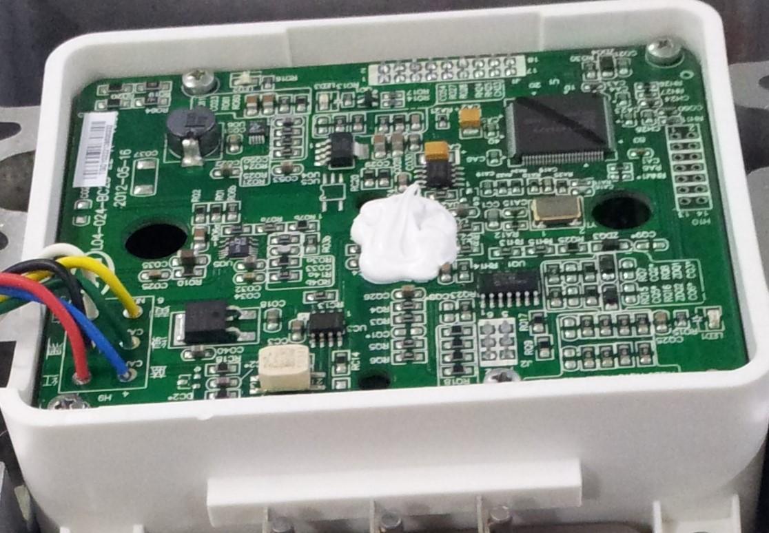 电动汽车敏感性电子元件灌封