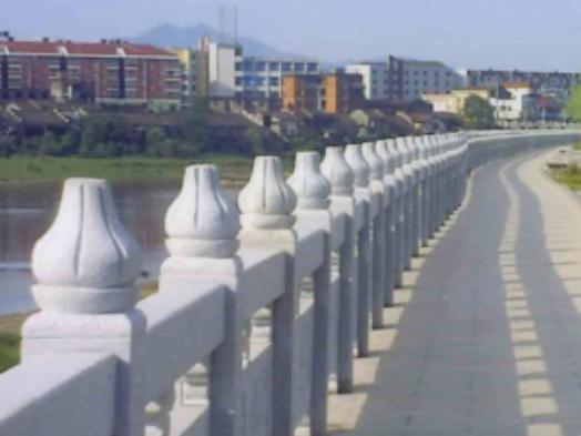 一河兩岸改造工程