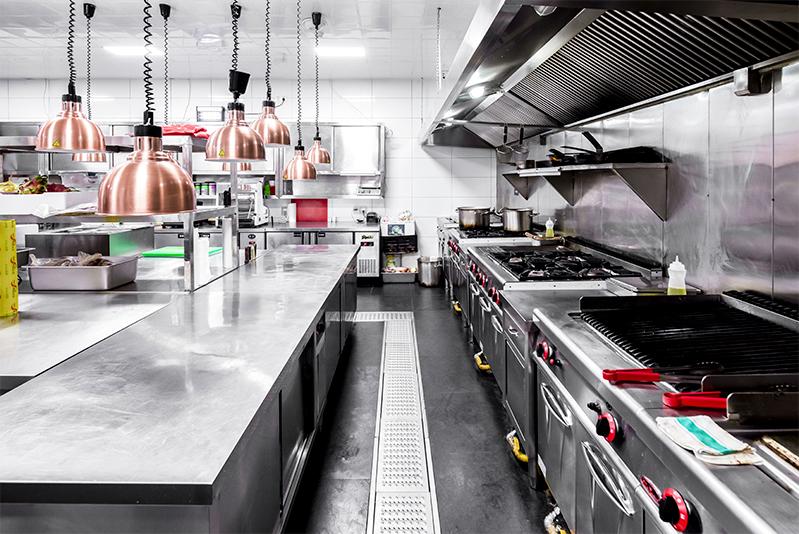 商用厨房如何挑选厨具设备与避免装修雷区