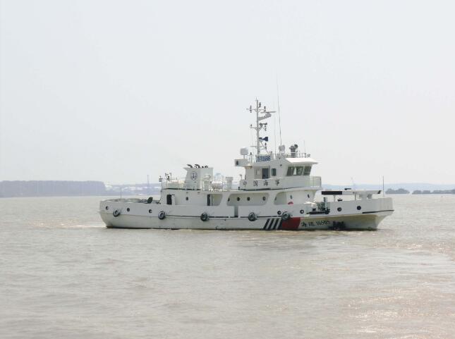 祝賀3艘150t航標夾持船順利交付
