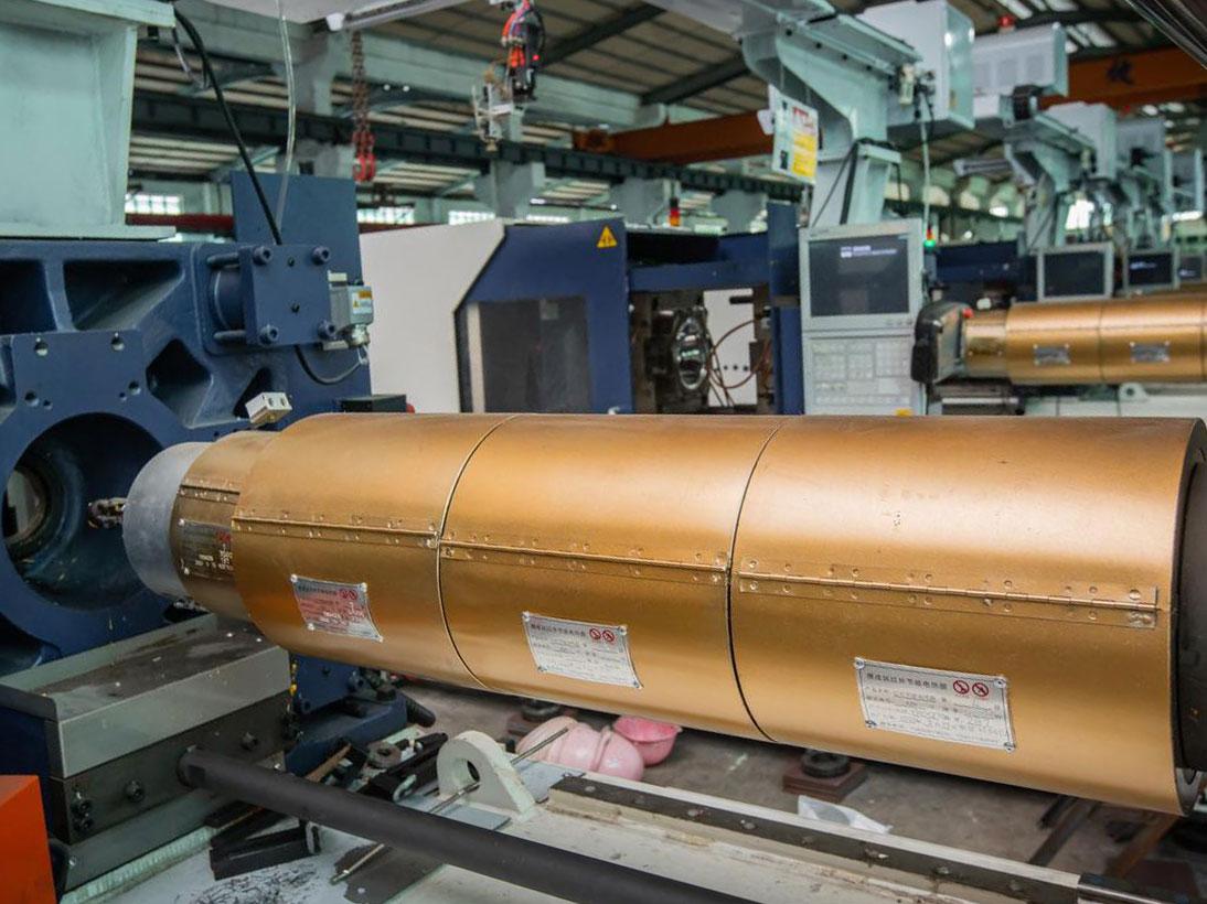 注塑機納米節能發熱圈生產線